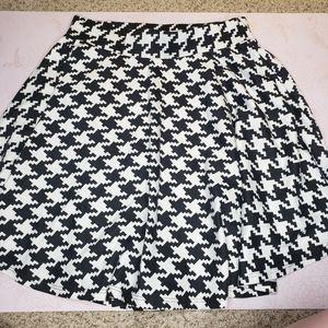 Vintage Houndstooth circle clueless longer skirt